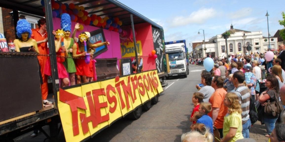 Biggleswade Carnival Parade 2015
